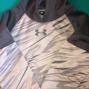 Euc boys medium under armour grey hoodie